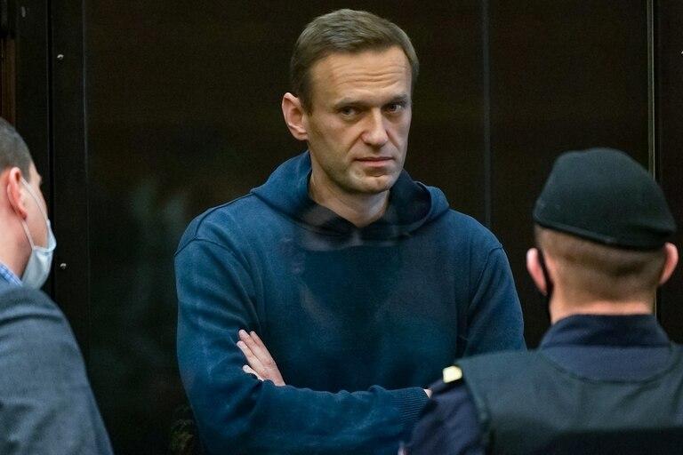 El lider opositor ruso, Alexei Navalny, en la corte en Moscú
