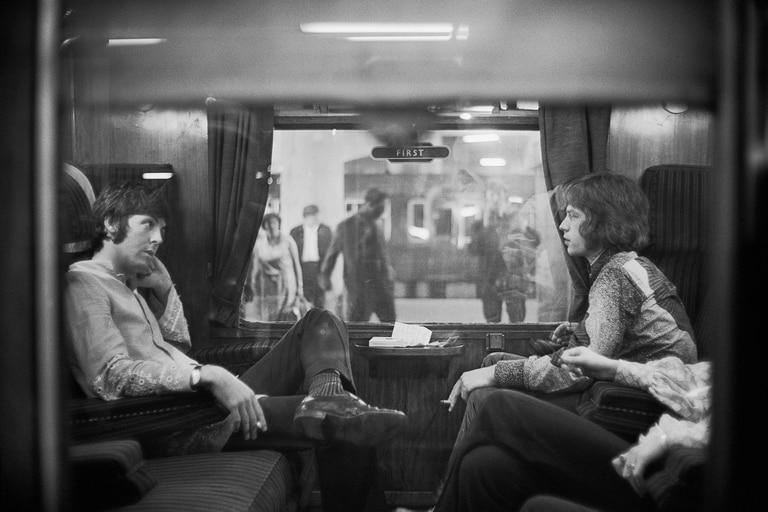Cuando McCartney y Jagger vivían cerca, se juntaban cada tanto. Pero era Jagger quien buscaba al primero, y no viceversa