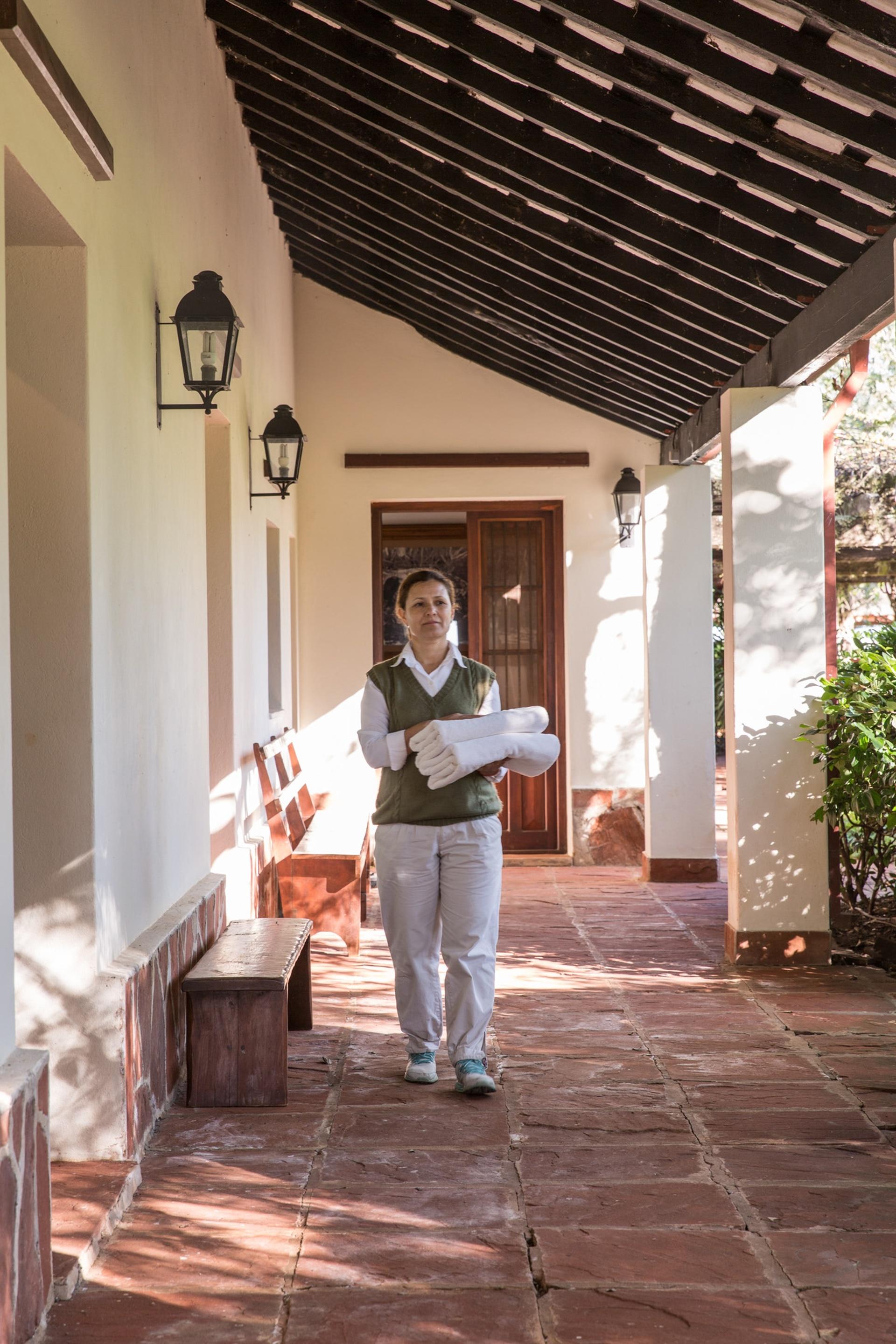 La hostería conserva el estilo del casco de la estancia ganadera original.